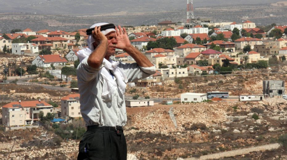 Netanyahu vows not to uproot any more Jewish settlements