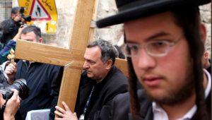 Rabbi and Messianic Jew Debate