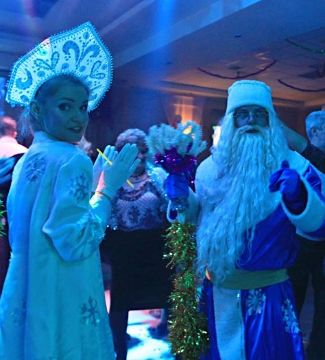 Ded Moroz and the Snow Maiden make an appearance in Israel