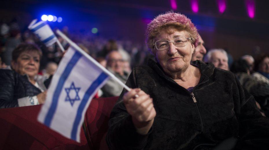 Israel Chief Rabbi says Russian immigrants are not real Jews.