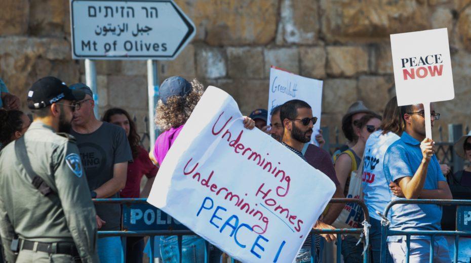 Should Israel make peace at any price?