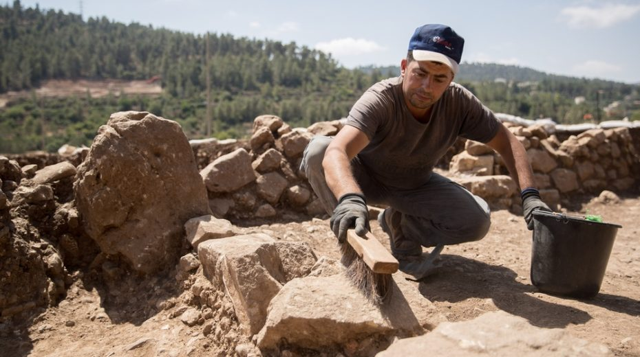 Canaanite temple invaded by Joshua found.