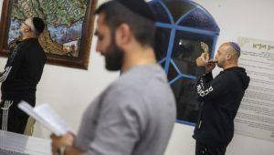 Are Messianic Jews still Jewish? Should they be?