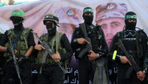 Hamas Commander Flees to Israel