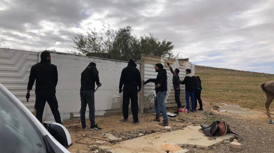 Israeli Bedouins show love for their Jewish neighbors.