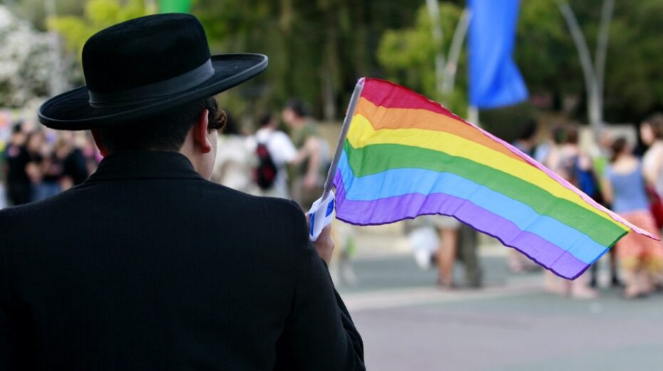 Should synagogues open their doors to the LGBT