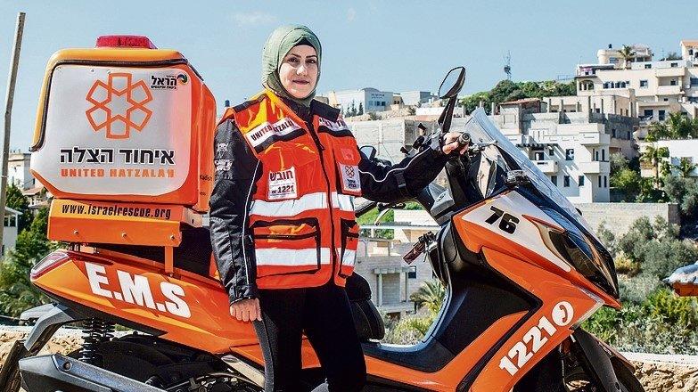 Jewish and Muslim medics work together to save lives