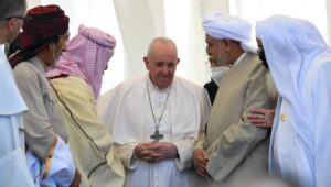 Pope Francis cozying up to Shiite clerics