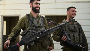 IDF troops train in the north